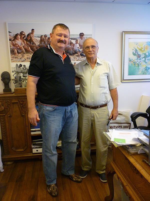 с доктором Зеликовским против операции по лечению варикоза ног